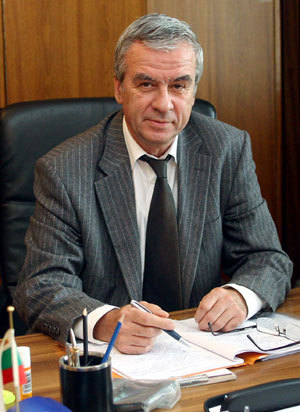 Бисер Йорданов Славков