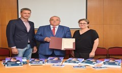 Cargill Bulgaria and MDV Professional Education Donated Study Materials to the UNWE